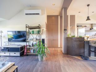 CAP SUD vous propose ce superbe appartement 2 chambres entièrement rénové dans le centre de Wavre.Niche dans une petite coproprie