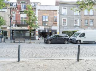 CAP-SUD vous propose ce rez-commercial dans une rue passante d'Overijse. Possibilité d'aménagement en fonction de la profession exerc&ea