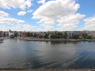 """Cap Sud Namur vous propose un appartement 2 chambres avec vue sur Meuse. Dans la résidence """"Le Beaulieu"""" située à Jambes. La cuis"""