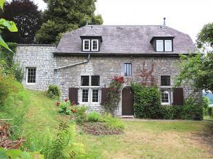 Cap Sud Namur vous propose une maison mosane 3 chambres, ancienne conciergerie . Offrant un magnifique panorama sur la Meuse avec un jardin et une ter