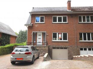 Cap Sud Namur vous propose une maison 3 chambres complètement rénovée et isolée. Cette maison est proche de toutes commodi