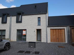 Cap Sud Namur vous propose une maison neuve à la location. Bénéficiant d'une excellente localisation , elle dispose d'un jardin,