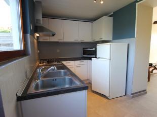 Cap-Sud vous propose un maison à 2 min du centre ville , composée de 3 chambres , un living , une cuisine équipée , des ca