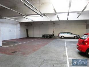 Jette,Jacobs Fontaine straat, parkeerplaats VOOR EEN MOTO te huur. De parking bevindt zich in een garage die alleen bestemd is voor het parkeren van w