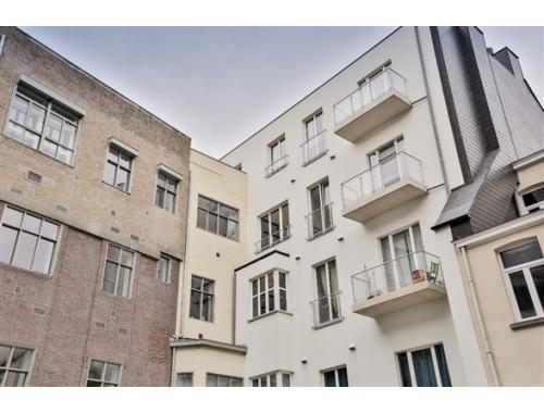 Appartement te koop in Brussel, € 346.933