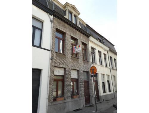 Eengezinswoning te koop in Deurne, € 279.000