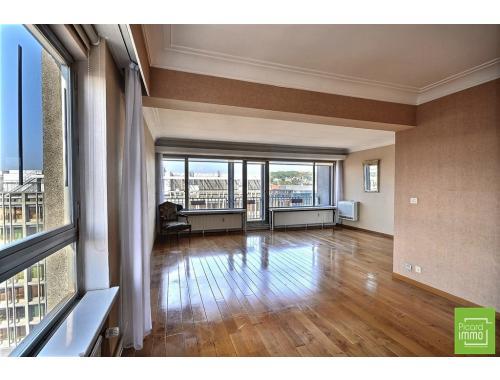 Appartement te koop in Liège, € 225.000