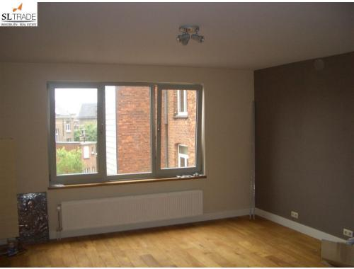 Appartement te huur in berchem 725 hdt53 sl trade for Huis te huur berchem