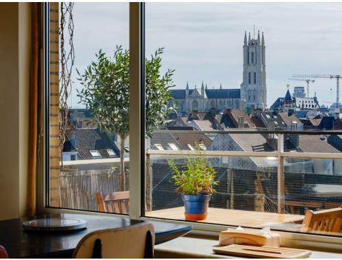 Appartement te koop in Gent, € 375.000