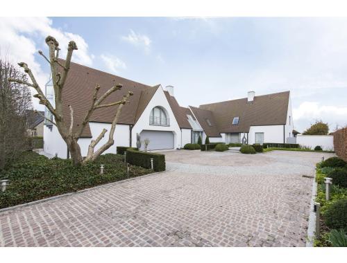 Villa te koop in Moerkerke, € 1.250.000