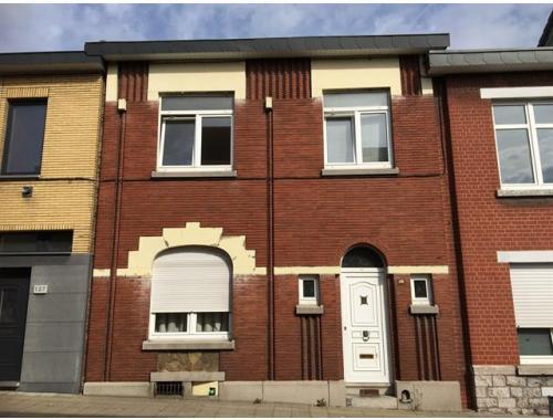 Woning te koop in Liège, € 195.000