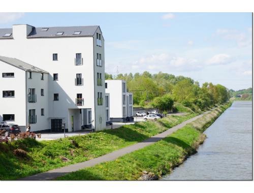 Appartement te koop in Pont-à-Celles, € 185.000