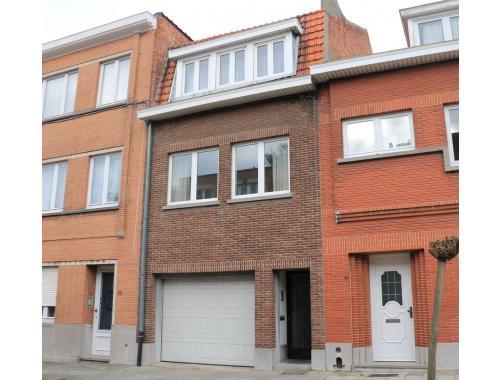 Bel-étage te huur in Anderlecht, € 1.200