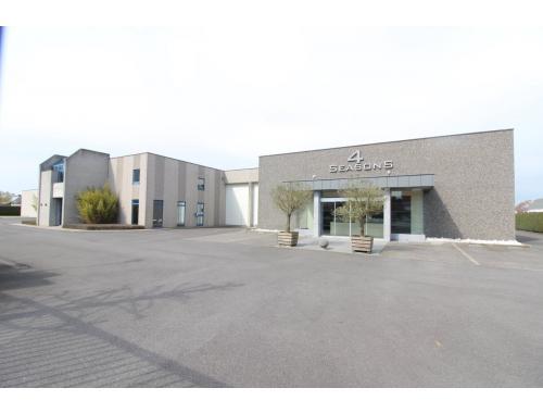 Bedrijfsgebouw te koop in Kuurne, € 1.400.000