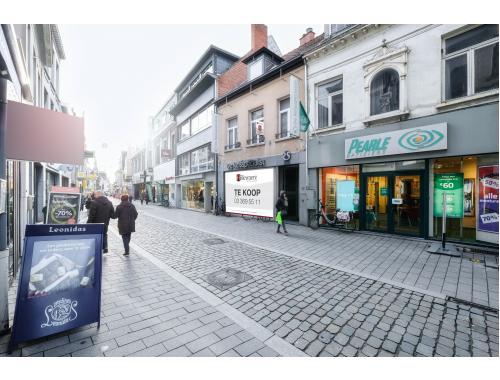 Handelszaak te koop in Lier, € 500.000