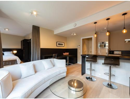 Studio met slaaphoek te huur in Brussel, € 1.350
