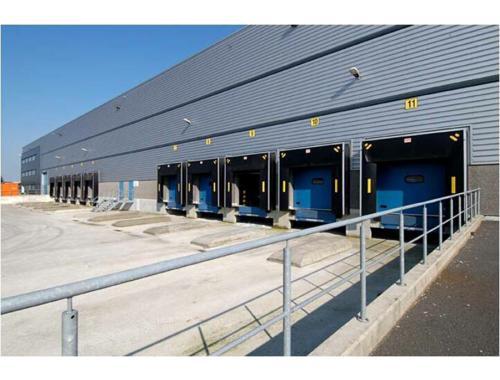 Bedrijfsgebouw te koop in Bornem