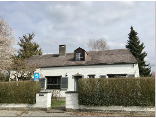 Villa te huur in Waterloo, € 1.500