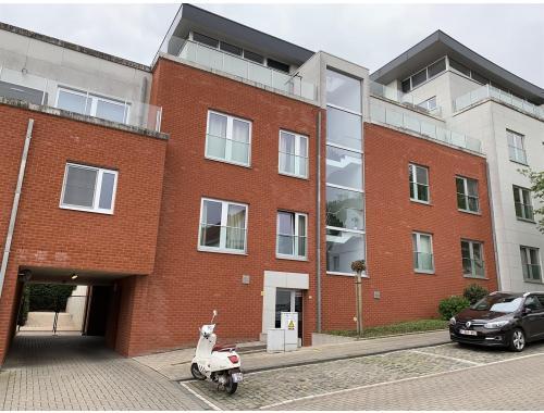 Garage en sous-sol à vendre à Leuven, € 20.000