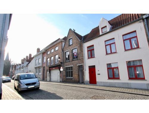 Woning te huur in Brugge, € 865