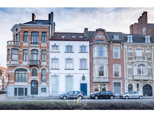 Herenwoning te koop in Brugge, € 690.000