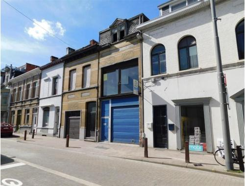 Uitzonderlijke woning te koop in Deurne, € 175.000