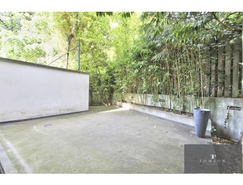 Appartement te huur in Sint-Gillis, € 2.900
