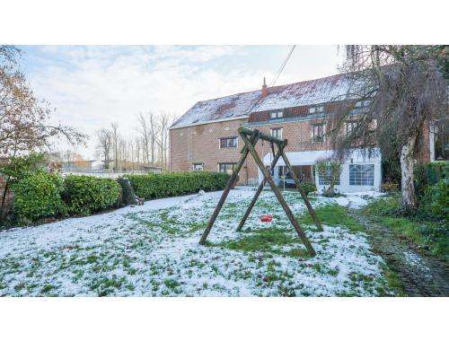Hoeve te koop in Halle-Booienhoven, € 429.000