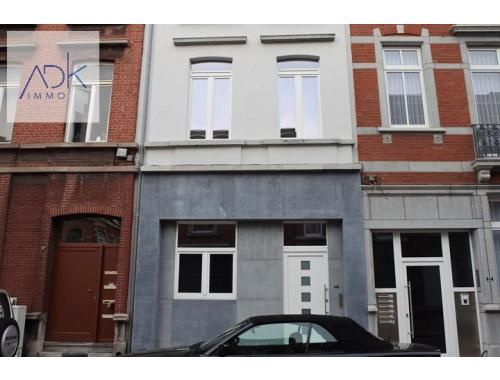 Woning te huur in Liège, € 950