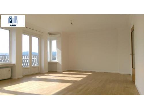 Appartement te huur in Liège, € 790