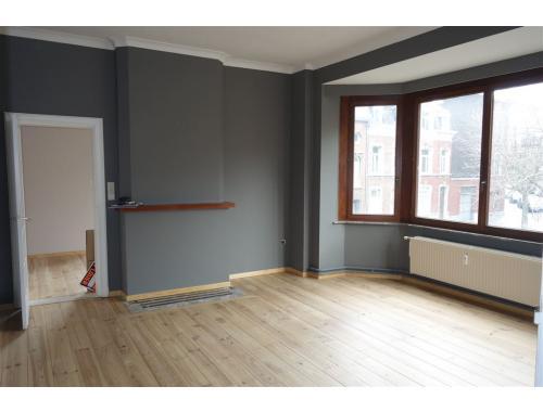 Appartement te huur in Liège, € 490