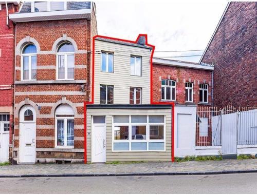 Woning te koop in Liège, € 119.000