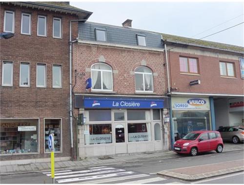 Commercieel Gebouw te koop in Namur, € 275.000