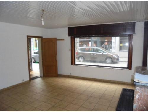 Studio avec coin lit à louer à Mons, € 450