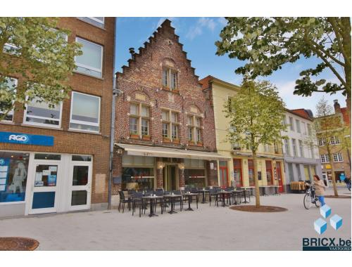 Commercieel Gebouw te koop in Brugge, € 795.000