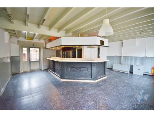 Gemengd gebruik te huur in Veldegem, € 600
