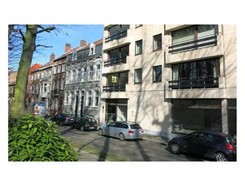 Appartement te huur in Brugge, € 725
