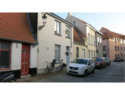Woning te huur in Brugge, € 695
