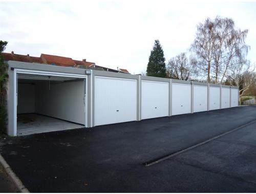 Garage louer menin 70 fohkh immo lietaer for Garage professionnel a louer