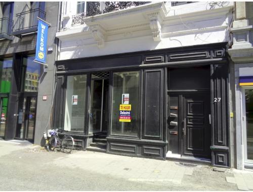 Handelsgelijkvloers te huur in Antwerpen, € 3.500