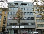 80m² (à 1143m²) kantoorruimte <br /> Ligging: op 150m van Sint-Pietersstation en op 100m van Kortrijksesteenweg <br /> Beschikbaar: