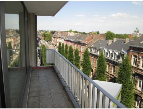 Appartement te huur in Namur, € 745