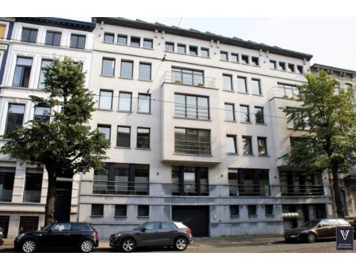 Kantoor te huur in Antwerpen, € 2.100