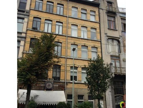 Appartement te huur in antwerpen 750 i5u4q q immo for Te huur appartement antwerpen
