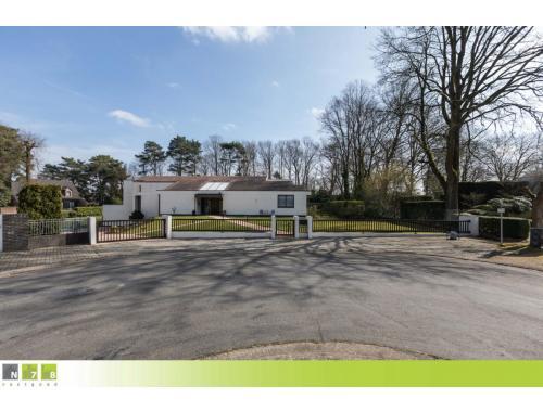 Villa te koop in Dilsen-Stokkem, € 598.000