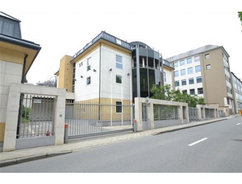 Staanplaats te koop in Arlon, € 9.000