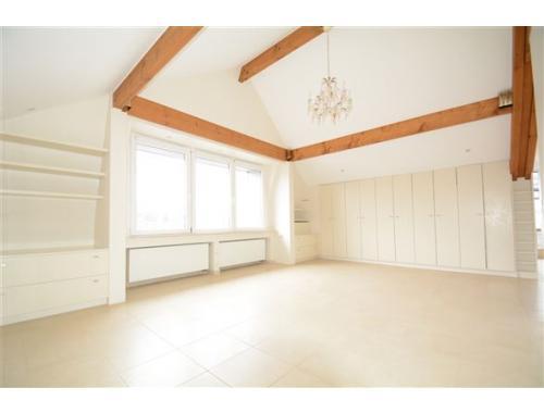 Appartement te huur in Arlon, € 1.200