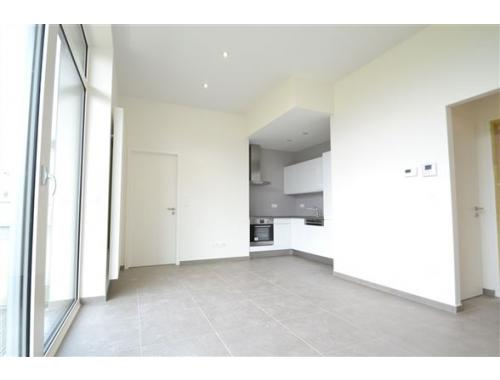 Appartement te huur in Arlon, € 750