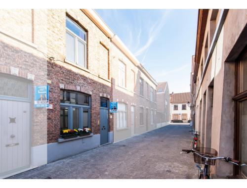 Woning te koop in Brugge, € 185.000