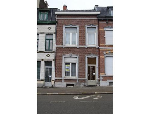 Maison unifamiliale à vendre à Verviers, € 125.000